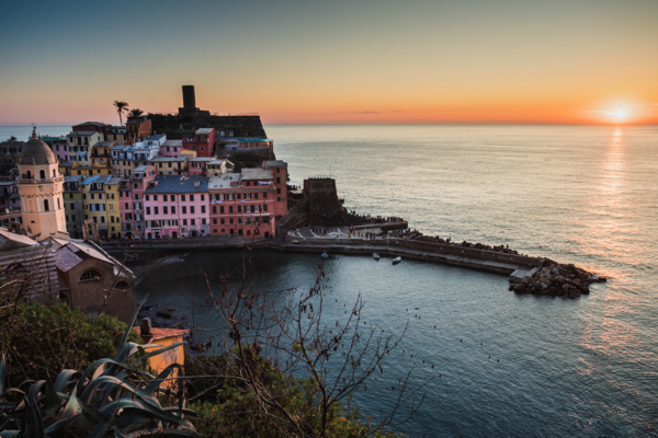 """Photographie """"Vernazza Sunset"""", Cinque Terre, Italy"""
